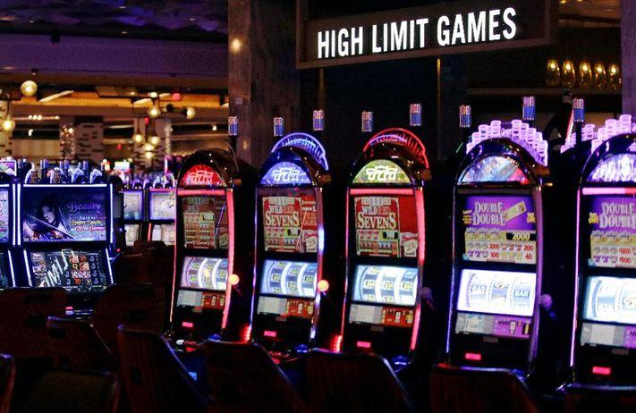Manfaat dan keuntungan bermain di slot joker123
